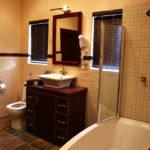Upington Accommodation Gallery | Bathroom 2